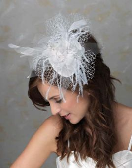 Brautschmuck edel Fascinator happy