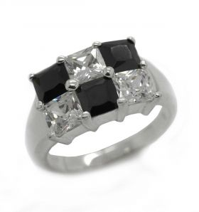 Schmuck Ring black and white